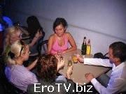 Откровенная ебля в ночном клубе