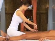 Эротический массаж закончился сексом с красоткой